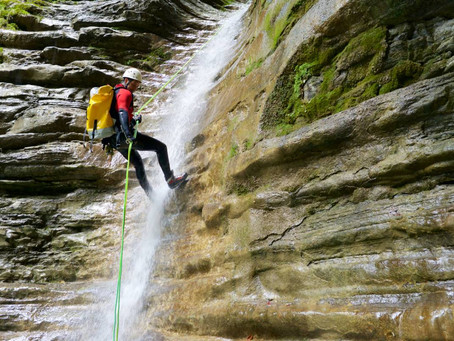 Canyoning, via ferrata ou rafting ?
