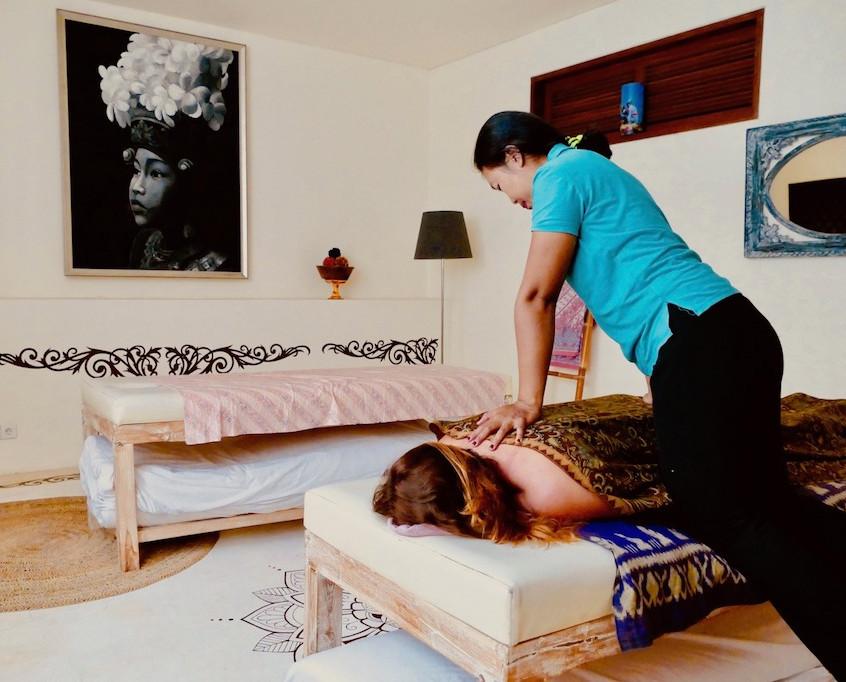 Massage au Lautan Kupu Kupu
