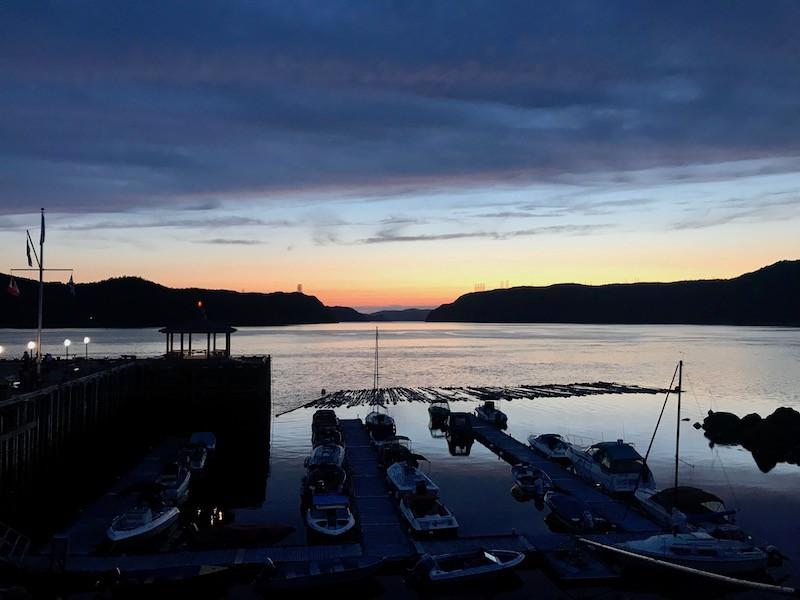 Coucher de soleil sur le fjord du Saguenay depuis la Casta Fjord