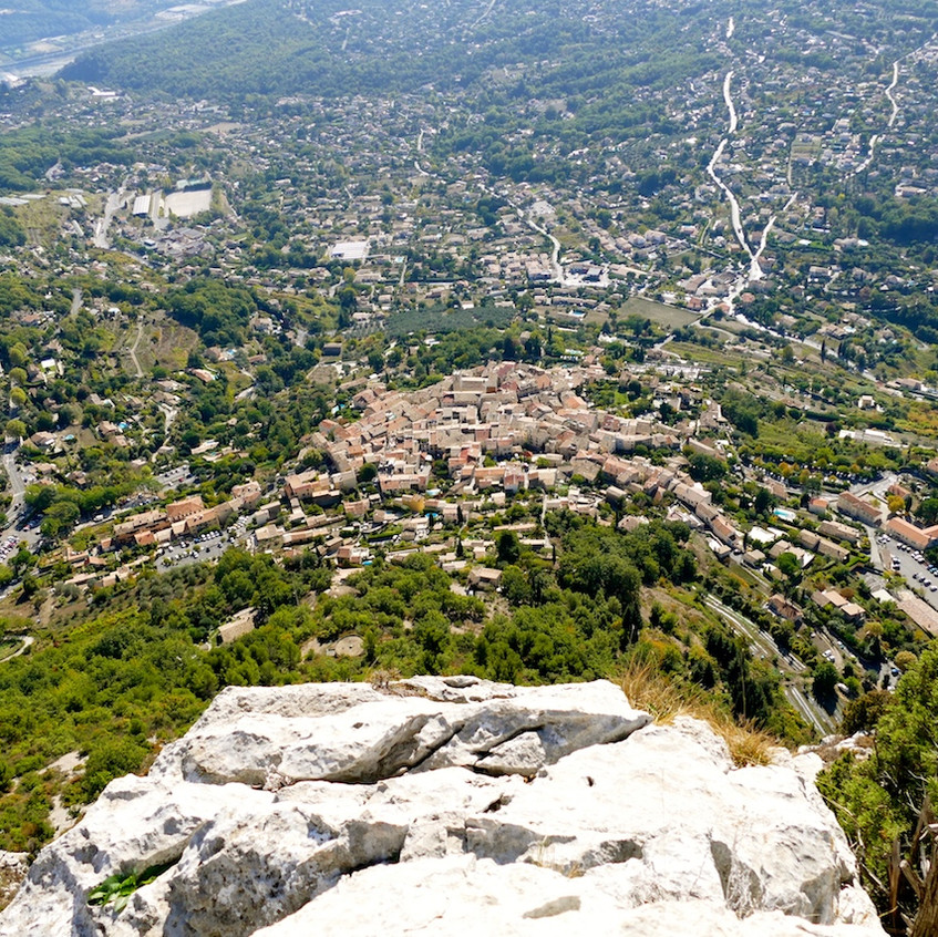 Vue du village de Saint-Jeannet