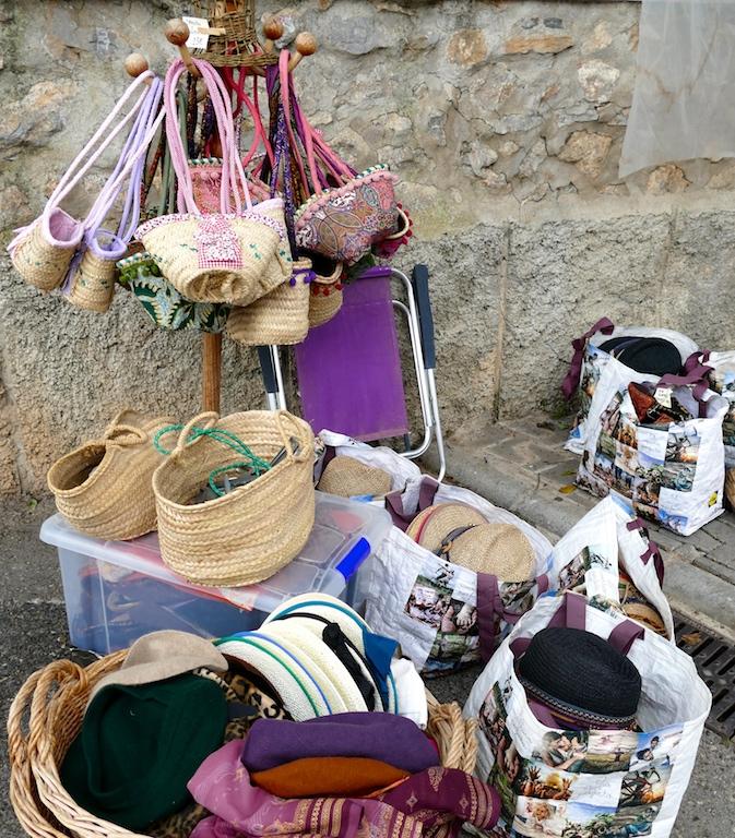 marché hippie de Sant Joan de Labrit