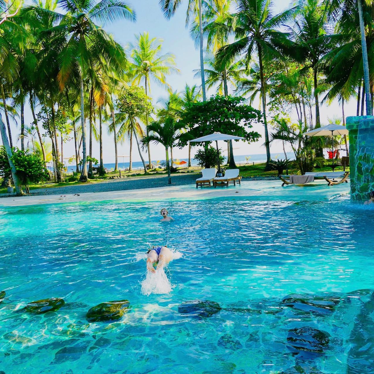 La piscine du Clandestino