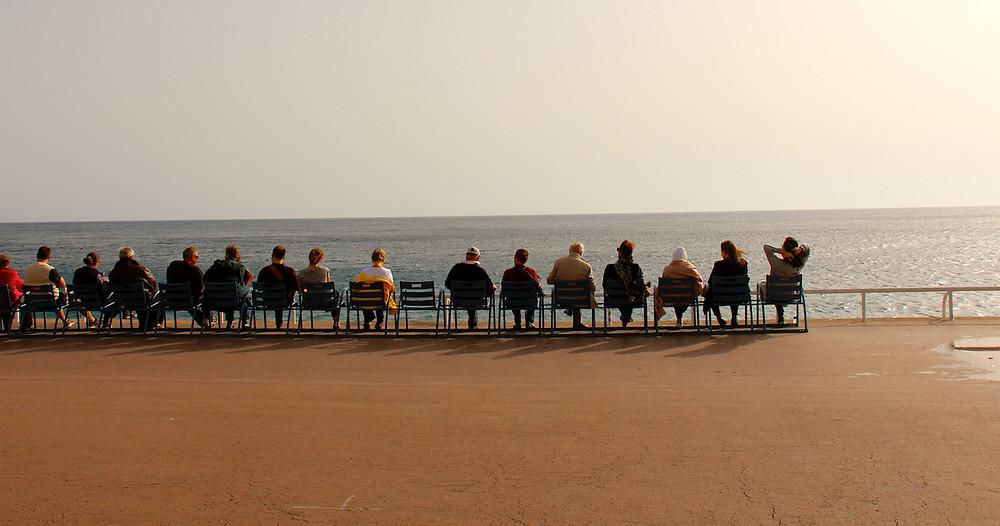 Les chaises bleues promenade des anglais