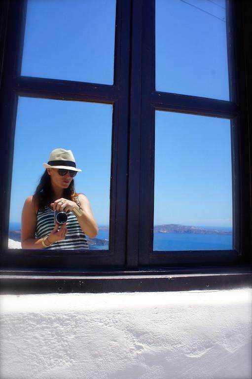 Maïka à Santorin