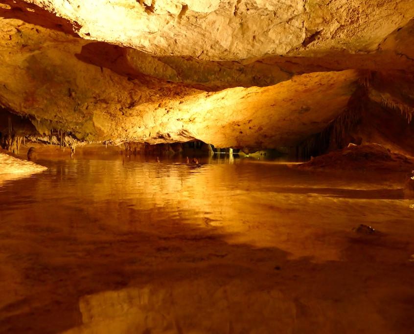 Grottes de Can Marçà