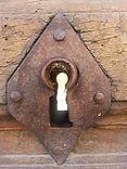 serrure, clé, santé,  bien-être, La parenthèse essentielle aromathérapie à Saint Laurent de Mure,