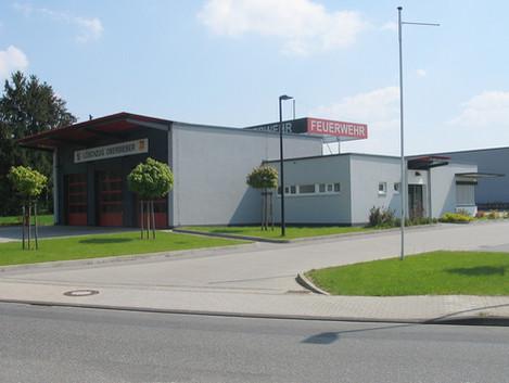 BuM_Feuerwehrhaus_Oberbieber_Löschzug_1