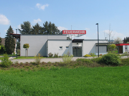 BuM_Feuerwehrhaus_Oberbieber_Straßensic