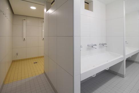 BuM KV Sporthalle Irlich Dusche 1.jpg