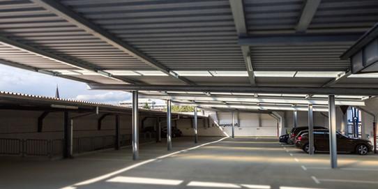 BuM_VR_Bank_Parkhaus_Parkplätze.jpg