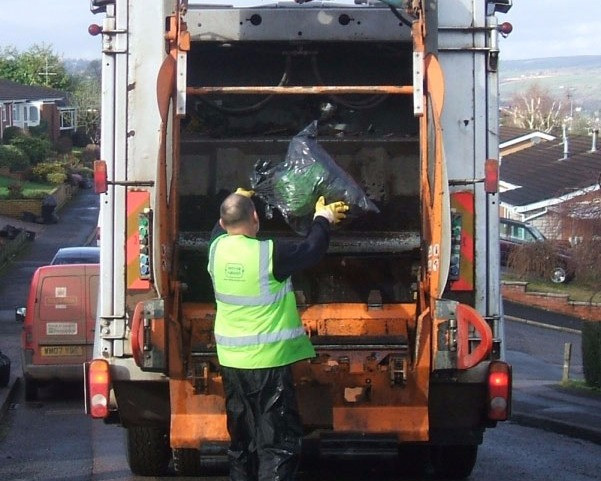 Strike action is set to cause disruption to South Ayrshire bin collections 12-18 May