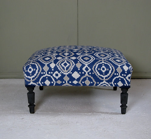 French footstool