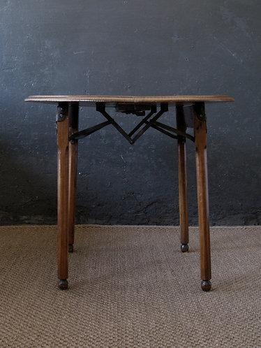 Arts and Crafts, Art Nouveau oak occasional table