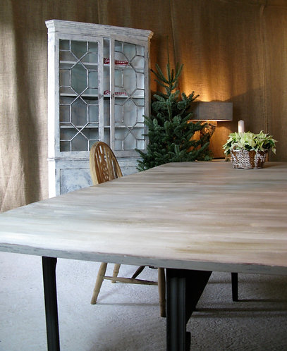 Lovely 3 mtr dining table
