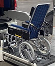 車椅子切り取り.jpg