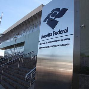 Golpistas enviam cartas creditadas à Receita Federal para roubar dados de contribuintes