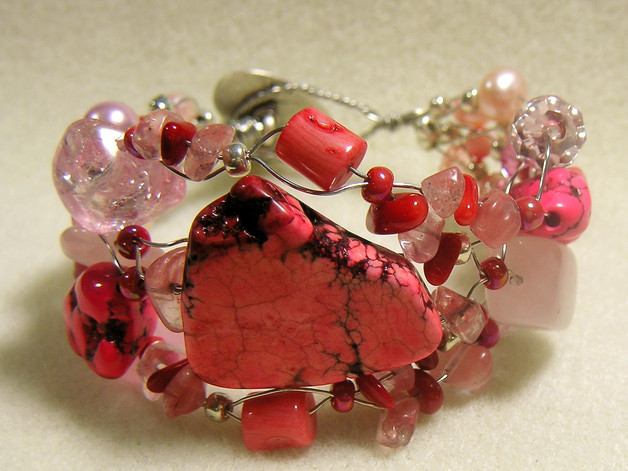 Pink Turquoise Beaded Bracelet