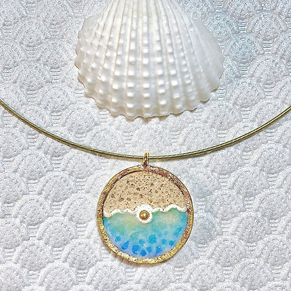 Pearl Catches Wave Pendant