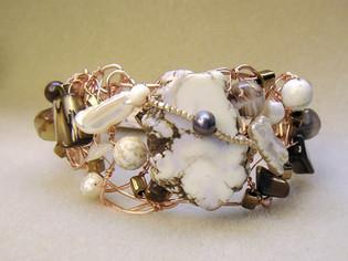 Ivory Turquoise Beaded Bracelet