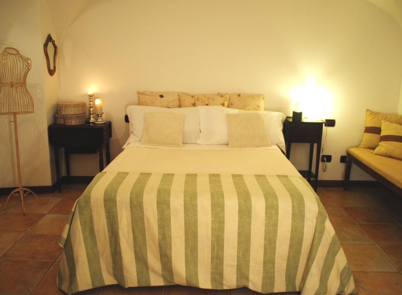 camera in contesto storico Milano