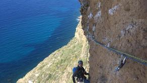Grande Voie avec un moniteur d'escalade - Projet de haut vol avec Médi