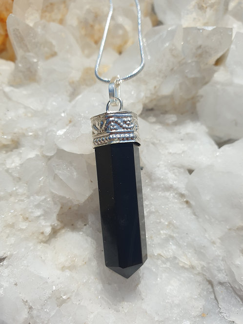 Black agate point necklace