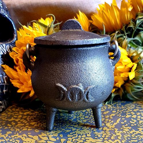 Cast iron triple moon cauldron