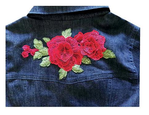 Campera de jean con aplique en la espalda talles 12, 14 y 16