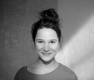Lina Zacher Portrait AA suw.jpg