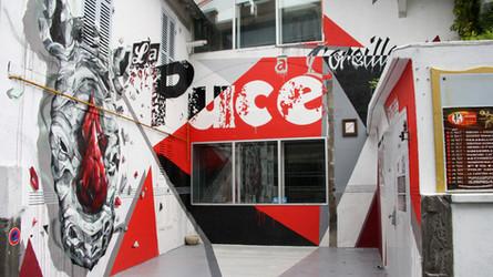 La_Puce_a_L'Oreille_-_Façade_par_Rino_2