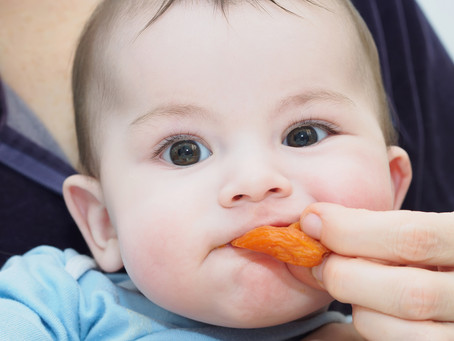 How to Offer Bite-Size Table Foods to Your Baby