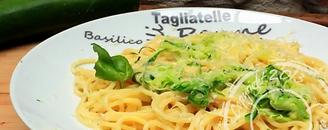 Pasta-spaghetti-courgette-creme-parmesan