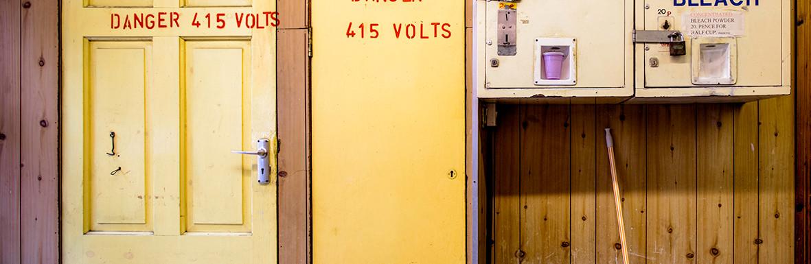 415 Volts_Auto Launderette_East Street_S