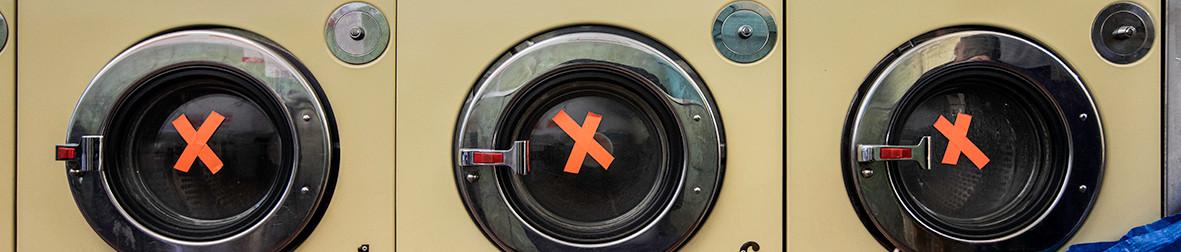 Machine Xs_Blue Bubbles Launderette_well