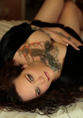 boudoir photos tattoos piercings