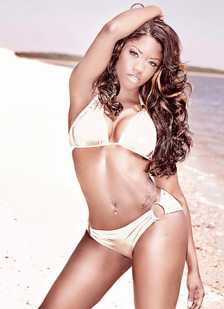 swimsuit-glamour-sexy-photo-shoots.jpg