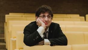 Ramin Bahrami a FORM Café