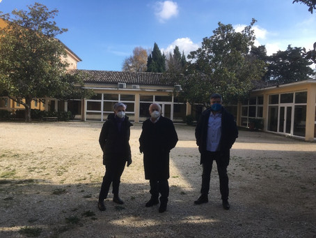 Provincia MC: restyling del cortile dell'Istituto Agrario