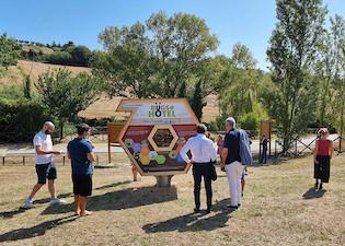 ICA realizza un Bugs Hotel a Civitanova Marche