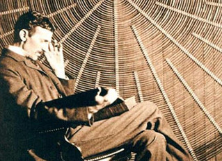 6 Famous People You Didn't Know Were Psychic