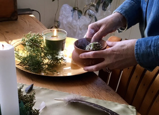 5 Great Opportunities to Clear Your Home (and Yourself) of Negative Energy Over the Holidays