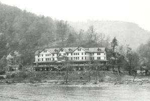 The Dun Glen Hotel