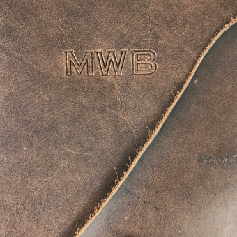 custom-brown-leather-personalized-folder