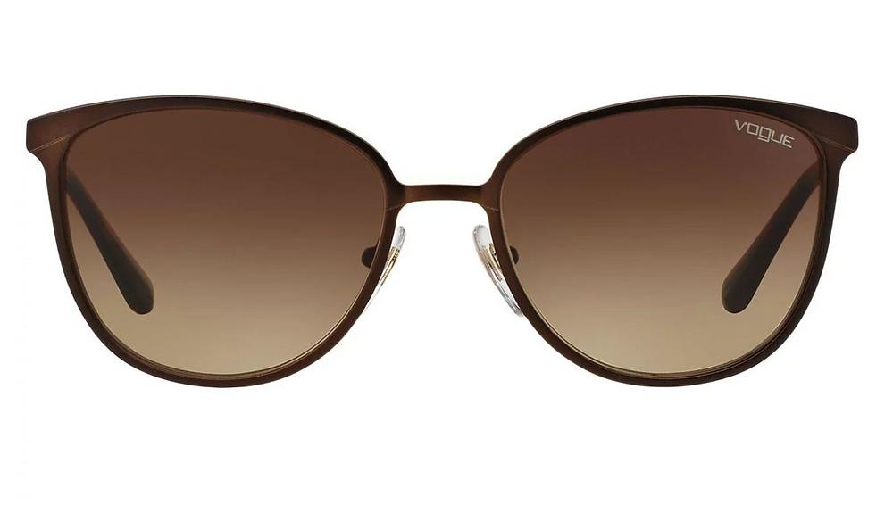 איך לבחור משקפי שמש לפנים ארוכות? ווג 220 ש״ח