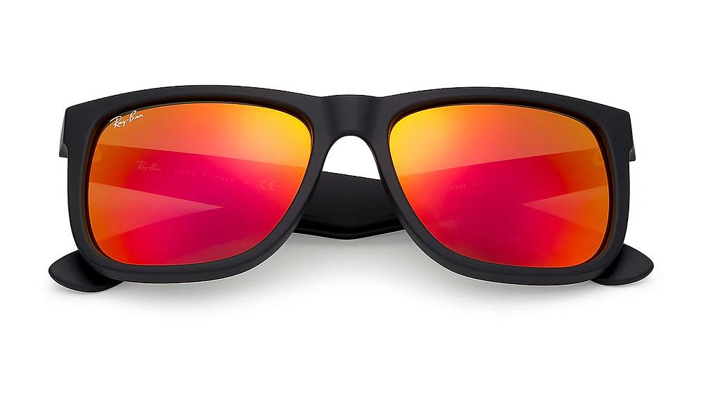 איך לבחור משקפי שמש לפנים משולשות? ריי באן 450 ש״ח