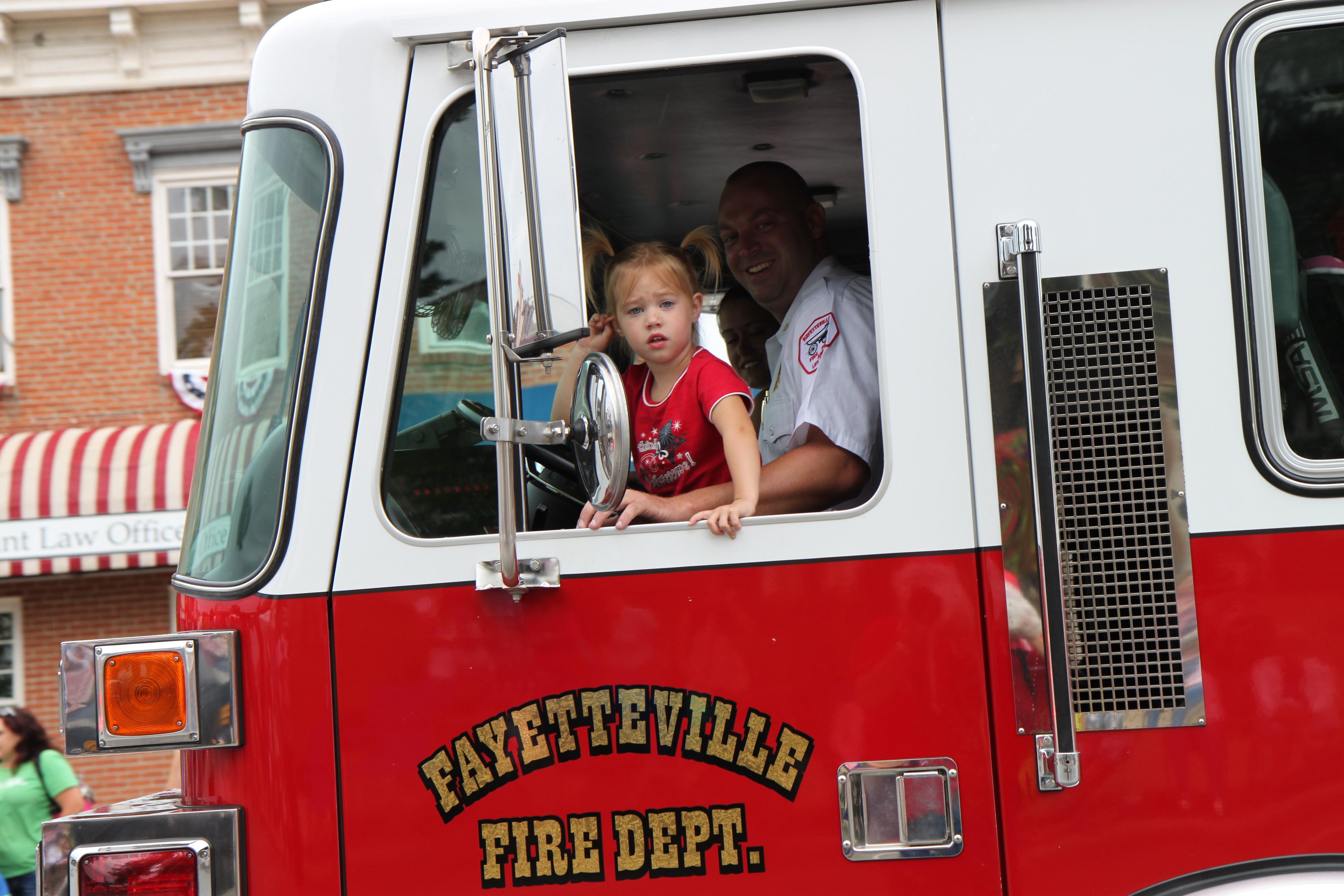 FOB 2013 Fire Parade 033.jpg