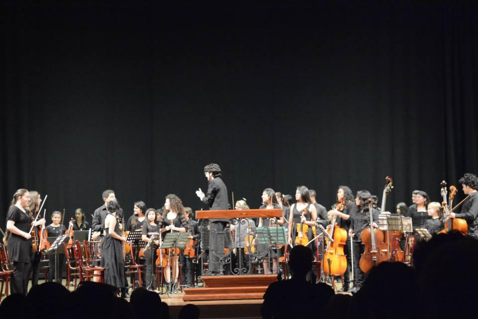 Presentación en el Teatro Nacional