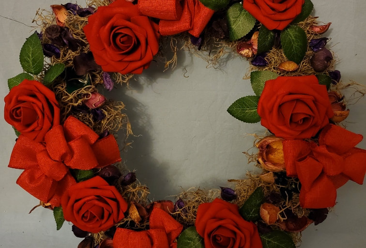 Red candle wreath ring