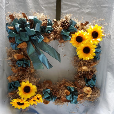 Dried and Sunflower Square wreath