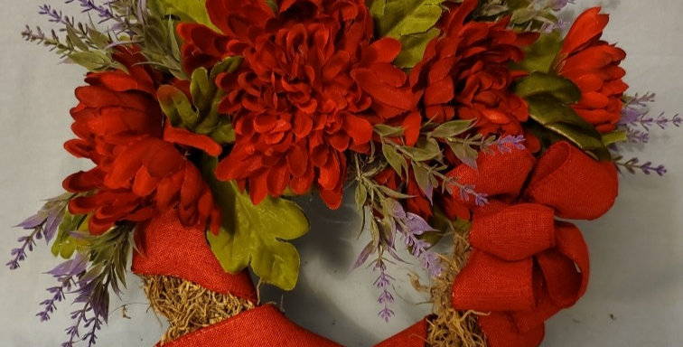 Red mum wreath